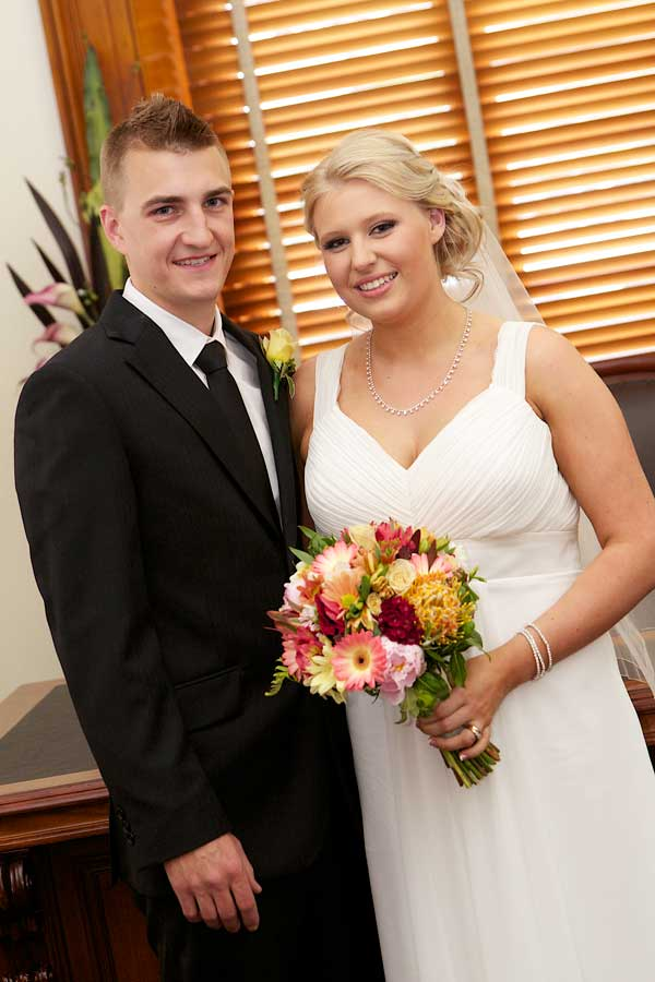 registry-office-wedding-13