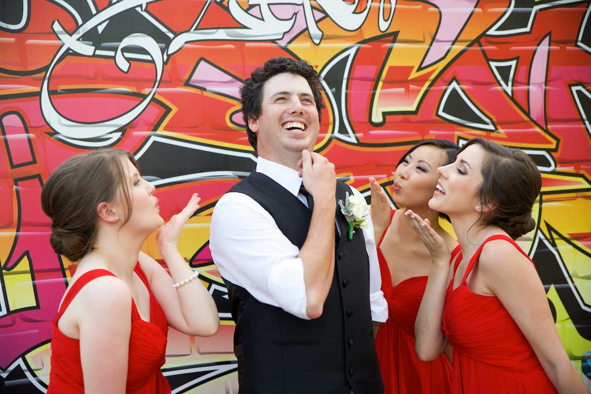 bram-leigh-groom-bridesmaids