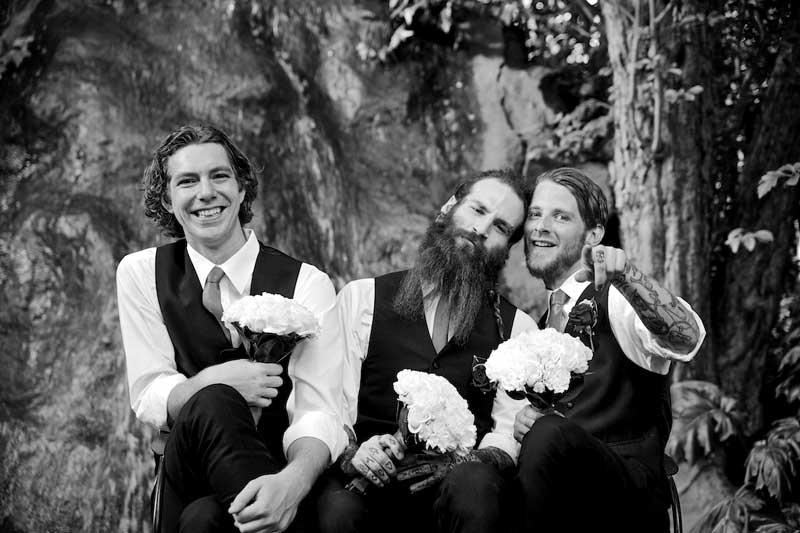 bram-leigh-groomsmen