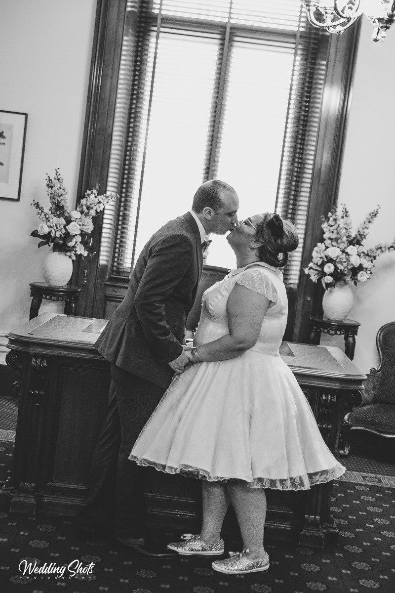 Victorian-Marriage-Registry-Wedding00005